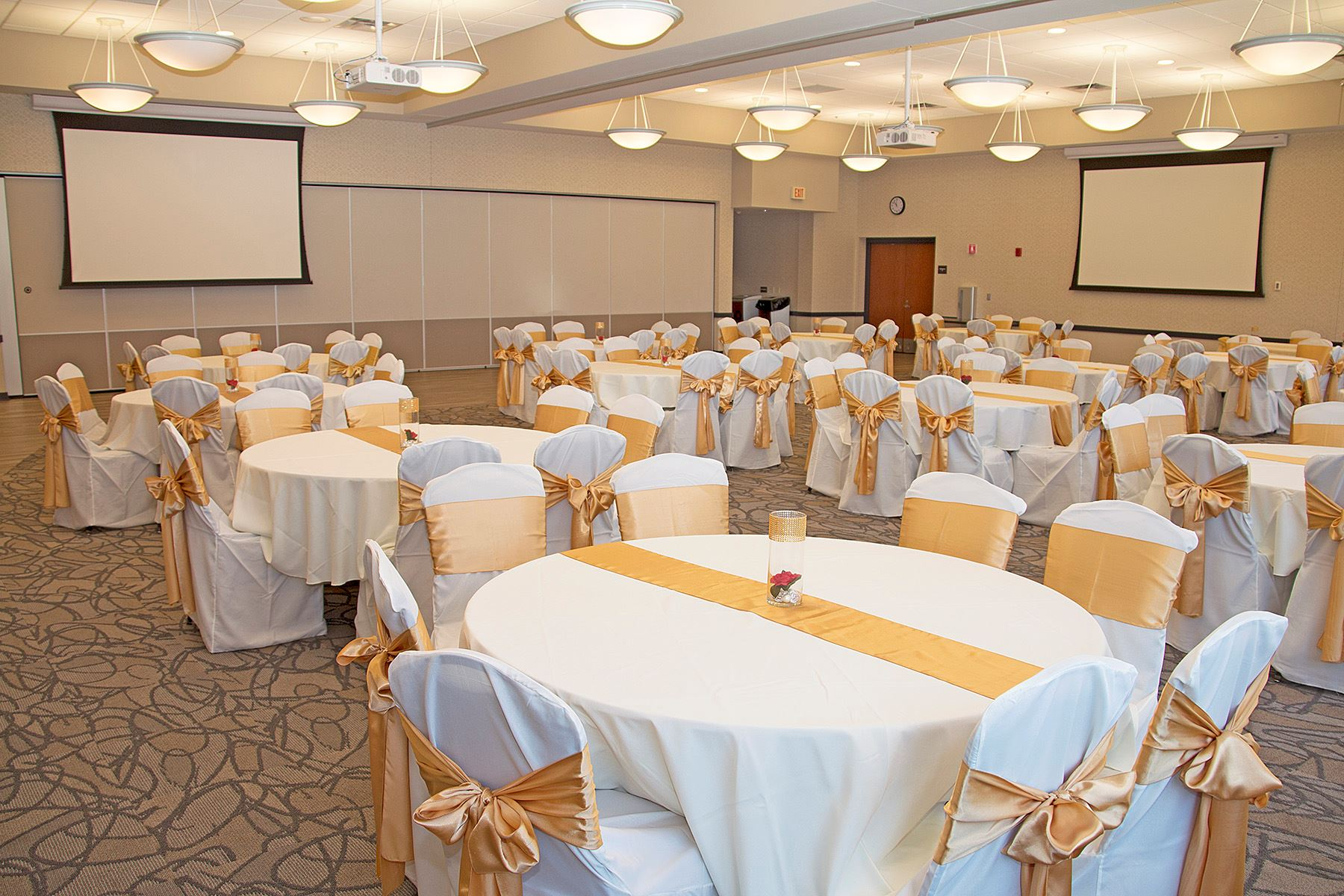 Banquet Room gold decor